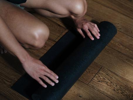 Como escolher um tapete de yoga perfeito para você