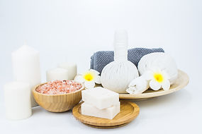 Collections that includes: Soap, Bath Bombs, Soap Saver and Candle of Essential Oils.