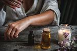 Maren Cremer | Day-Retreat: Ätherisches Öl auftragen
