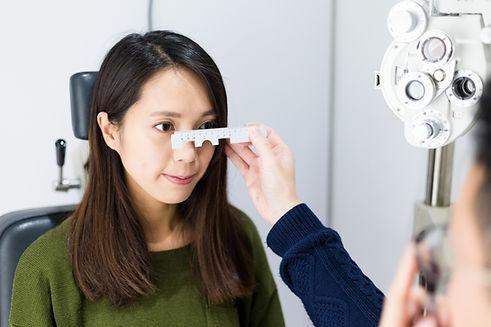 Eye Exam,optician,optometrist