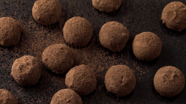 Chocolate Truffles Dusted with Coco Powder – Food Videographers