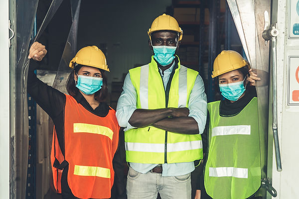 Arbeiter mit Masken