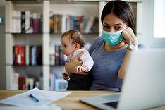 Çocuk bakıcısı maske kullanımı
