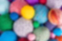Collection de fils colorés