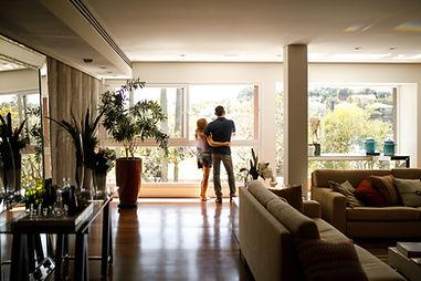Casal em novo lar