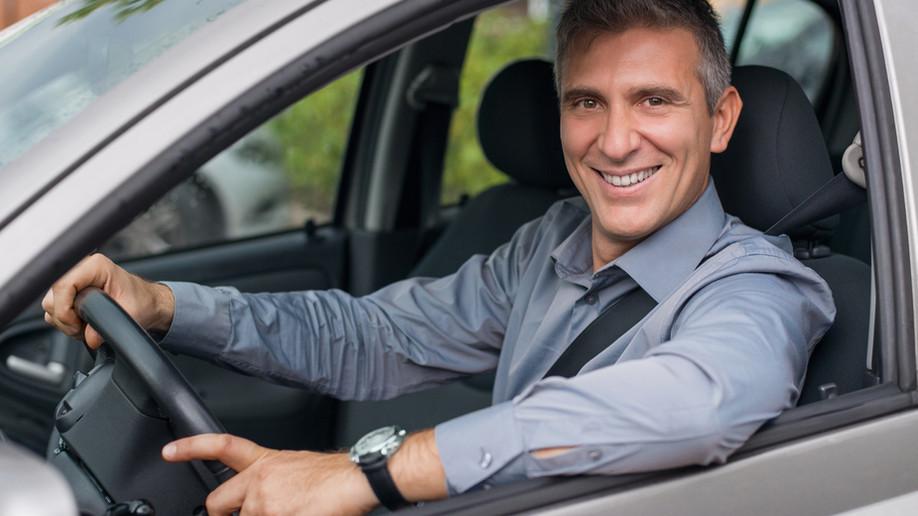Annecy (74) : Pourquoi les chauffeurs privés cartonnent ? Uber change la donne.