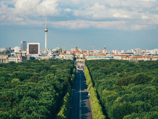 Genitive only prepositions in German (4)