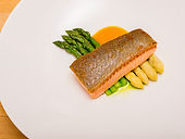 Fillet Salmon with Asparagus