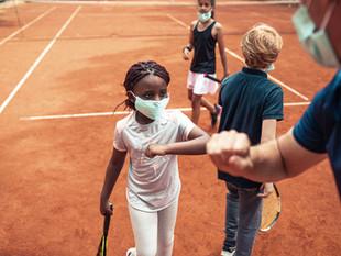Les moniteurs de l'École de tennis se mobilisent…