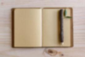 Dřevo tužka a notebook