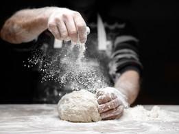No solo de pan podemos vivir.