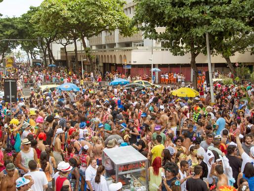 Véspera de carnaval e o bloquinho do COMEX