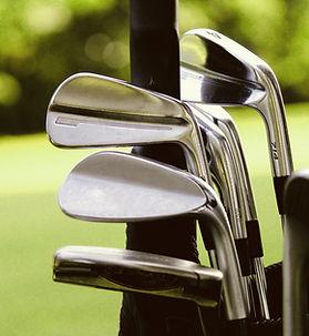 クラブ付きゴルフバッグ