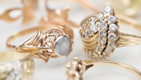 What's my antique jewellery worth?