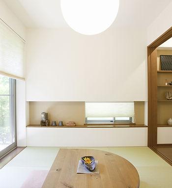 自然光の差し込む部屋