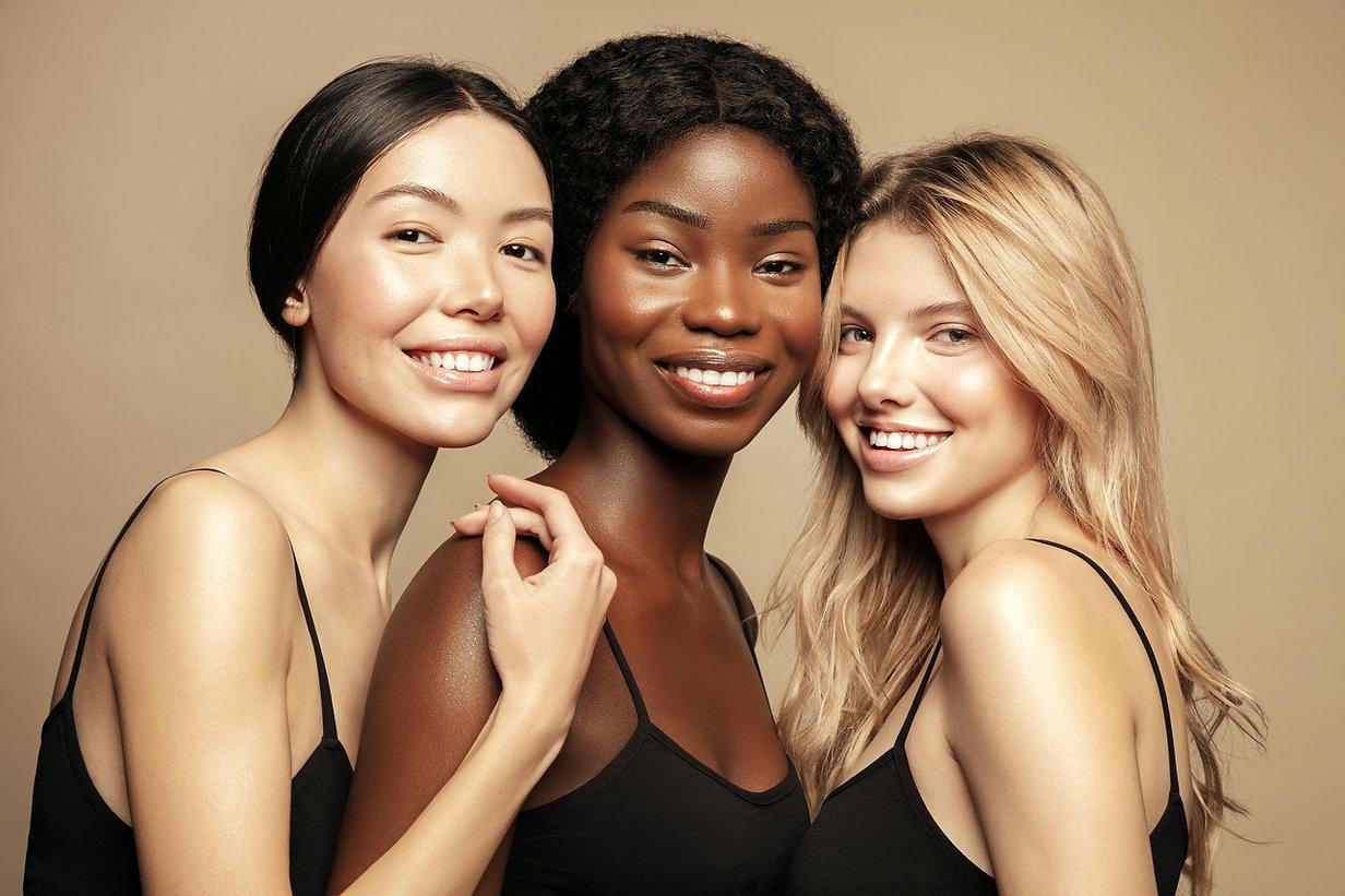 Três modelos