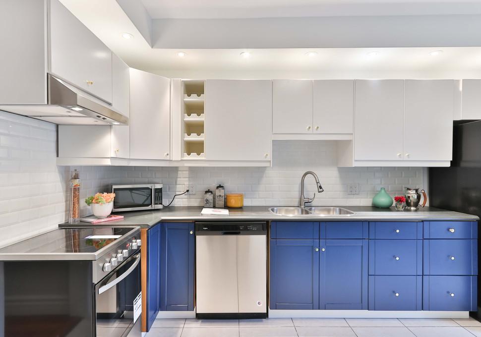 Brightly Lit Kitchen