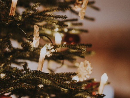 Mindfulness through the Holidays + December Random Acts of Kindness