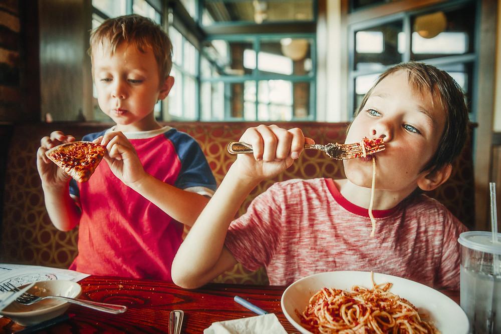 happy kids in the restaurant