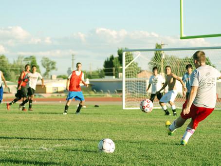 Selecciones Nacionales de fútbol de alta competencia habilitadas para volver a entrenar