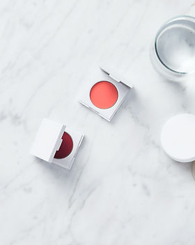 Makeup accessories; blushes and highlights | Glou Beauty