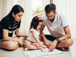 O que você ensina seu filho quando sempre resolve o problema pra ele