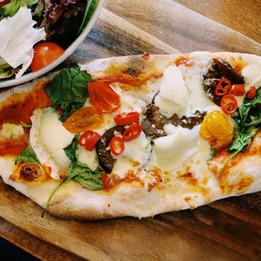 新鮮なピザ