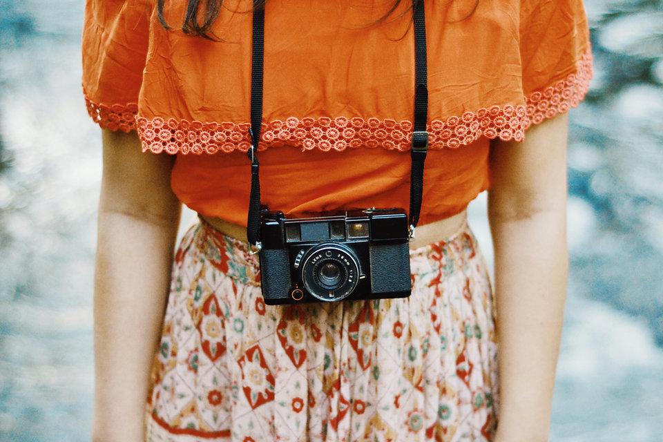 Žena s kamerou
