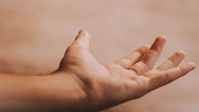 Raggiungere la mano