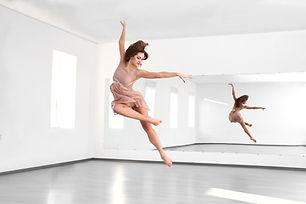 Modern Dance Leap