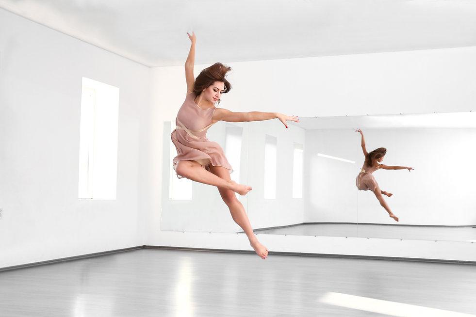 Salto de danza moderna