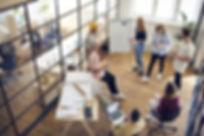 Team-Meeting_Mike_Winter_Buch_Plötzlich Manager_Führung_und_Management