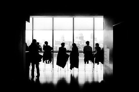 ビジネス会議