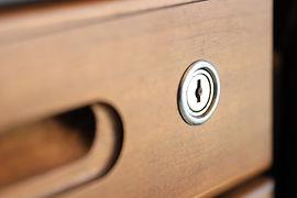 引き出しの鍵穴 鍵穴