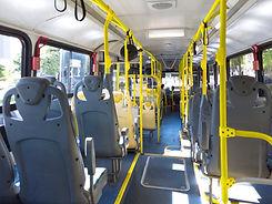 Leerer Bus
