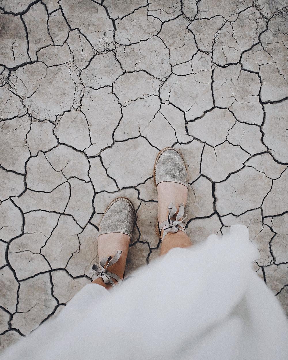 Vinkit kuivien jalkapäiden hoitamiseen.