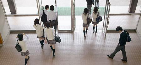 学校の入口