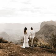 Hochzeitspaar in der Natur