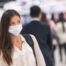 Bruk maske når du beveger deg i lokalet