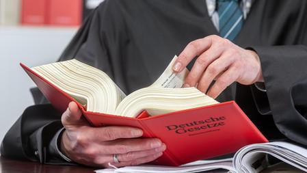 AG Landau - Beschl. v. 25.08.2021: Betriebsrentner erhält nach Tod der Ex-Frau alle Anrechte zurück