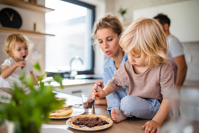 Petit déjeuner en famille