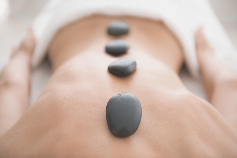 Hot Stone Rückenmassage