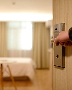 Entrée de la chambre d'hôtel