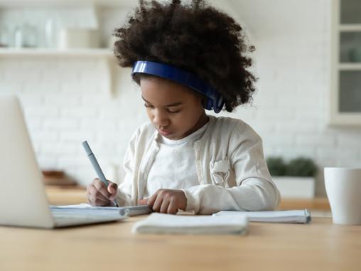 Aprendizaje en casa a través de medios vituales y protección de datos personales de menores.