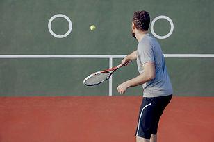 Männlicher Tennisspieler