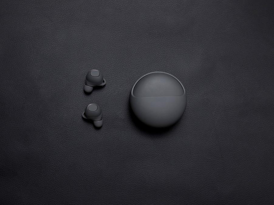 Black Wireless Earbuds