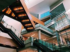 Interiores de centros comerciales