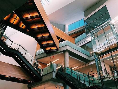 Interieur des Einkaufszentrums