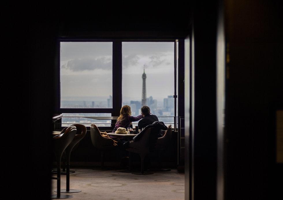 Bar avec vue parisienne