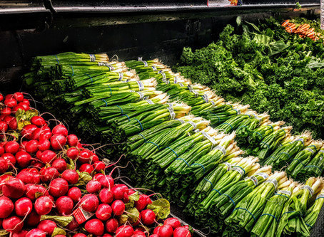 Reducing Single Use Plastic When Grocery Shopping in 9 Easy Steps!
